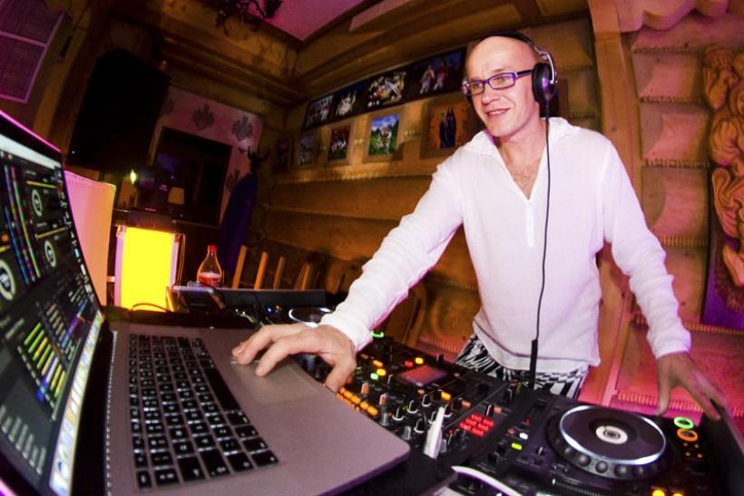 Dj Yanush - wodzirej, konferansjer i DJ na wesela